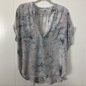 Violet % Claire watercolor floral blouse size L
